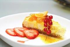 Pastel de queso de la vainilla Fotografía de archivo libre de regalías