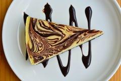 Pastel de queso de mármol Imagen de archivo libre de regalías