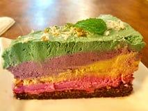 Pastel de queso del arco iris Fotos de archivo