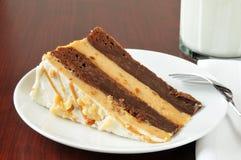 Pastel de queso del brownie de la mantequilla de cacahuete Fotografía de archivo