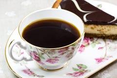 Pastel de queso del café y del chocolate Imagen de archivo