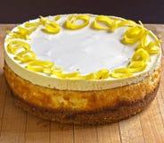 Pastel de queso del limón Fotografía de archivo libre de regalías