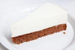 Pastel de queso, diversas clases de helado y postre Fotos de archivo libres de regalías