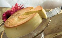 Pastel de queso entero Imagen de archivo libre de regalías