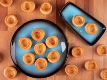 Pastel: Escudos de massa folhada vazios fotos de stock royalty free