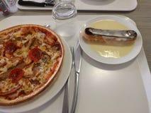 Pastelaria da pizza e do chocolate fotos de stock