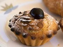 Pastelaria de Pasticciotto enchida com a ricota Fotos de Stock Royalty Free