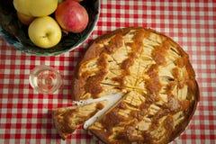 Pastelaria e fruta italianas fotografia de stock royalty free