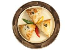 Pastelaria enchida com carne e as cebolas trituradas Imagens de Stock