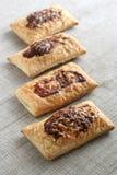 Pasteles de soplo con goma del queso y de tomate Foto de archivo libre de regalías