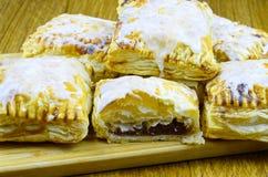Pasteles de soplo dulces Foto de archivo libre de regalías