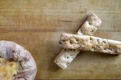 Pasteles frescos, cereales Imagen de archivo libre de regalías