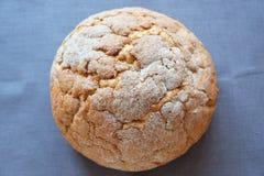 Pasteles frescos del pan redondo blanco del trigo fotos de archivo libres de regalías