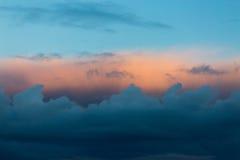 Pastelkleurkleuren in de Hemel op Zonsondergang Stock Fotografie