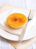 Pastell-de Laranja, traditionelles portugiesisches orange scharfes Gebäck lizenzfreies stockbild