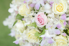 Pastellblumenstrauß mit Blumen Lizenzfreie Stockfotografie