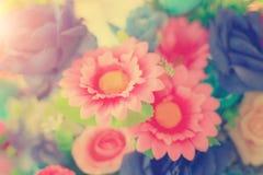 Pastello del mazzo di celebrazione delle rose della molla di disposizioni di fiori Fotografie Stock Libere da Diritti