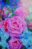 Pastello del mazzo di celebrazione delle rose della molla di disposizioni di fiori Fotografie Stock