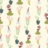 Pastelowe pociągany ręcznie wazy z kwiatami na creme tła bezszwowej powtórce royalty ilustracja