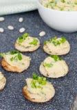 Pastete von whire Bohnen mit Orangensaft Stockfoto