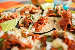 Pasteur d'Al de Tacos, taco mexicain, nourriture de rue ? Mexico images stock