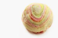 Pasticceria cinese nel colore dell'arcobaleno su fondo bianco Fotografie Stock Libere da Diritti