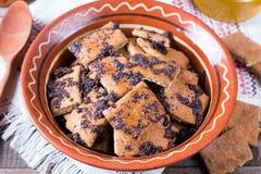 Pasticcerie tradizionali russe Biscotti con i semi ed il miele di papavero fotografia stock libera da diritti