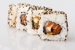 Pasto del Giappone del rotolo del giapponese dei sushi fresco Fotografia Stock Libera da Diritti