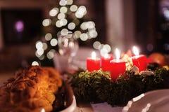 Pasto di Natale su una tavola Fotografia Stock Libera da Diritti