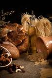 Pasto sano con pane, cereali Fotografia Stock