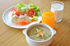 Pasto sano della prima colazione Fotografie Stock