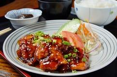 Pasto stabilito del pollo di Teriyaki fotografia stock libera da diritti