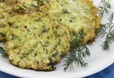 Pasto turco/greco tradizionale; Mucver dello zucchini Fotografia Stock