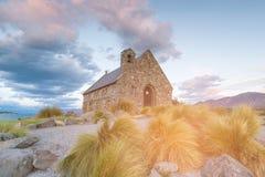 Pastor do deus no lago Tekapo, Nova Zelândia imagem de stock