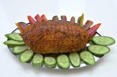 Pastrami de Turquia com pepinos e pimentas vermelhas Fotos de Stock Royalty Free
