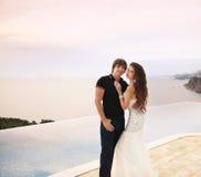 Państwo młodzi, para ślubny portret, młodzi romantyczni kochankowie Zdjęcie Royalty Free