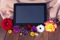 Pastylka z kwiatami zdjęcia royalty free