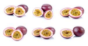 Pasyjne owoc ustawiać odizolowywać na białym tle Obrazy Stock