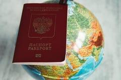 Paszport i mapa obrazy stock