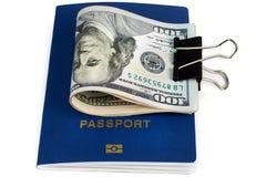 Paszport mieszkaniec dolary i kraj Fotografia Royalty Free