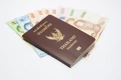 Paszport z pieniądze Fotografia Stock