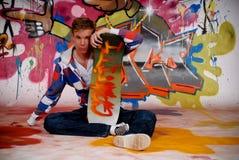 Patín del muchacho, pared de la pintada Fotografía de archivo libre de regalías