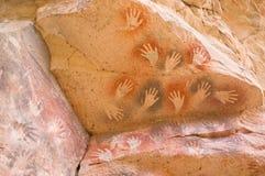 Peintures de caverne antiques dans le Patagonia photo stock
