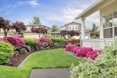 Patamar da casa com paisagem bonita Fotografia de Stock Royalty Free