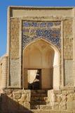 Patamar na cidade antiga com o arco foto de stock