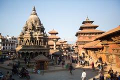 Patan Durbar广场的看法-它是3个皇家城市之一在加德满都,游人的一个非常普遍的斑点 免版税库存图片