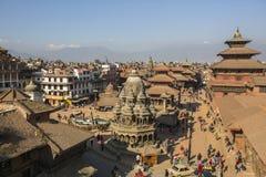 Patan Durbar广场的看法 它是3个皇家城市之一在加德满都,游人的一个非常普遍的斑点 免版税库存图片