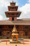 Patan Royal Palace, Mul Chowk, Patan Durbar fyrkant, Patan, Nepal royaltyfria bilder
