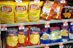 Patata Chips Bags Imagen de archivo libre de regalías