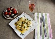 Patata con burro per la cena Immagini Stock Libere da Diritti